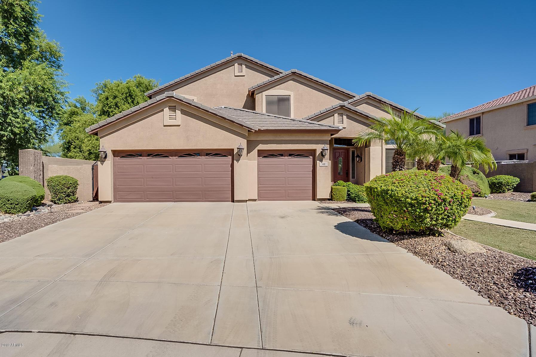 Photo of 42 E BENRICH Drive, Gilbert, AZ 85295