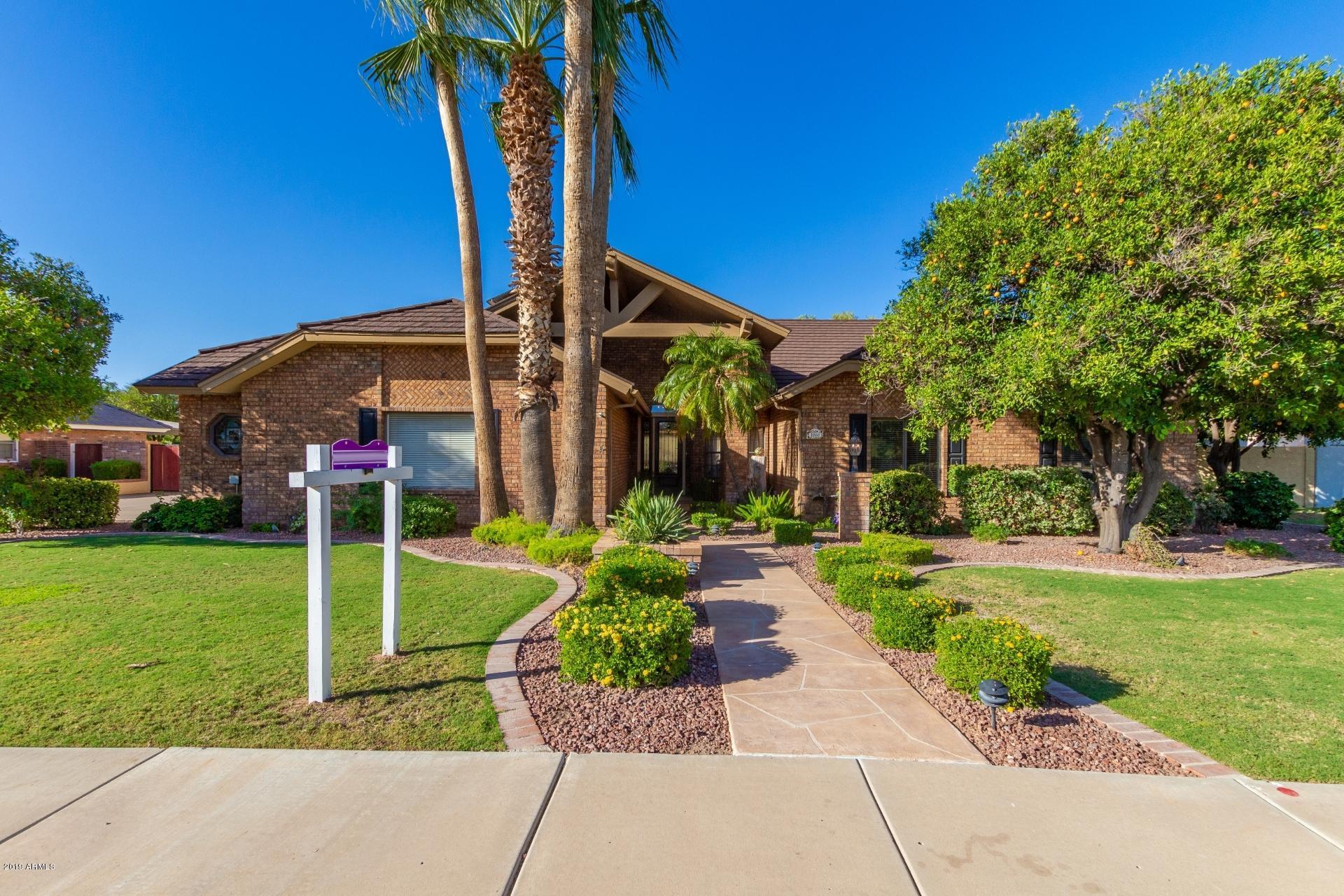 Photo of 1860 E LAUREL Street, Mesa, AZ 85203