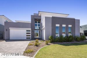 2921 S SANDSTONE Court, Gilbert, AZ 85295