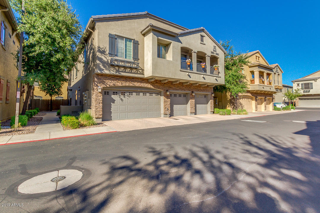 Photo of 1350 S GREENFIELD Road #1062, Mesa, AZ 85206