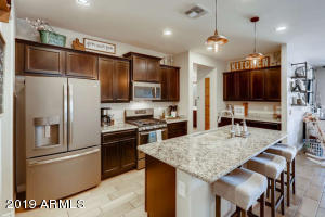 10388 W ROSEWOOD Lane, Peoria, AZ 85383