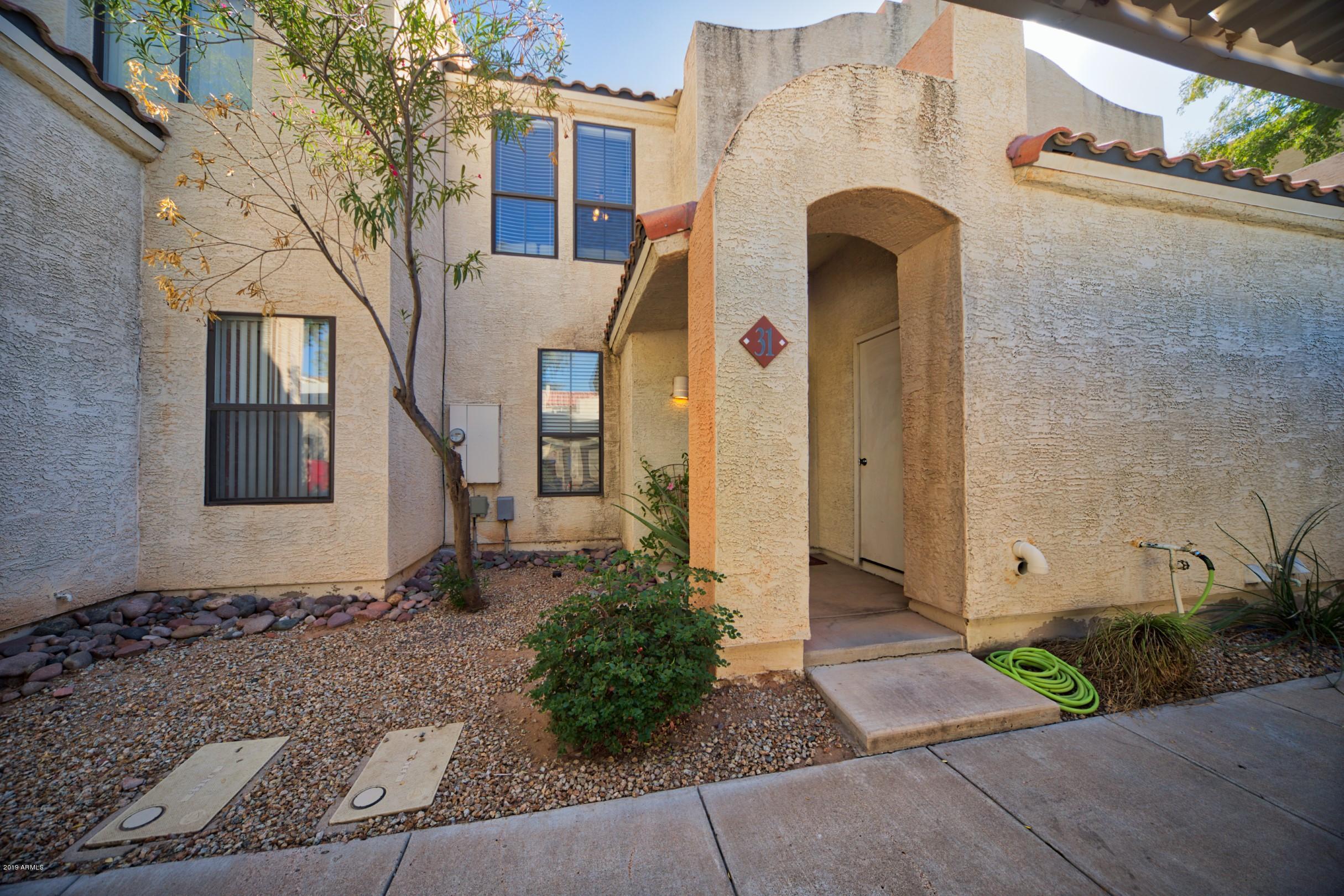 Photo of 280 S ELIZABETH Way #31, Chandler, AZ 85225