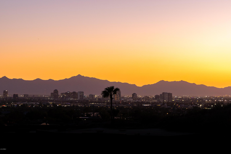 Photo of 6664 N 29TH Place, Phoenix, AZ 85016