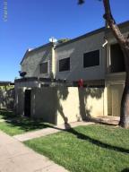 5872 N 48th Drive, Glendale, AZ 85301