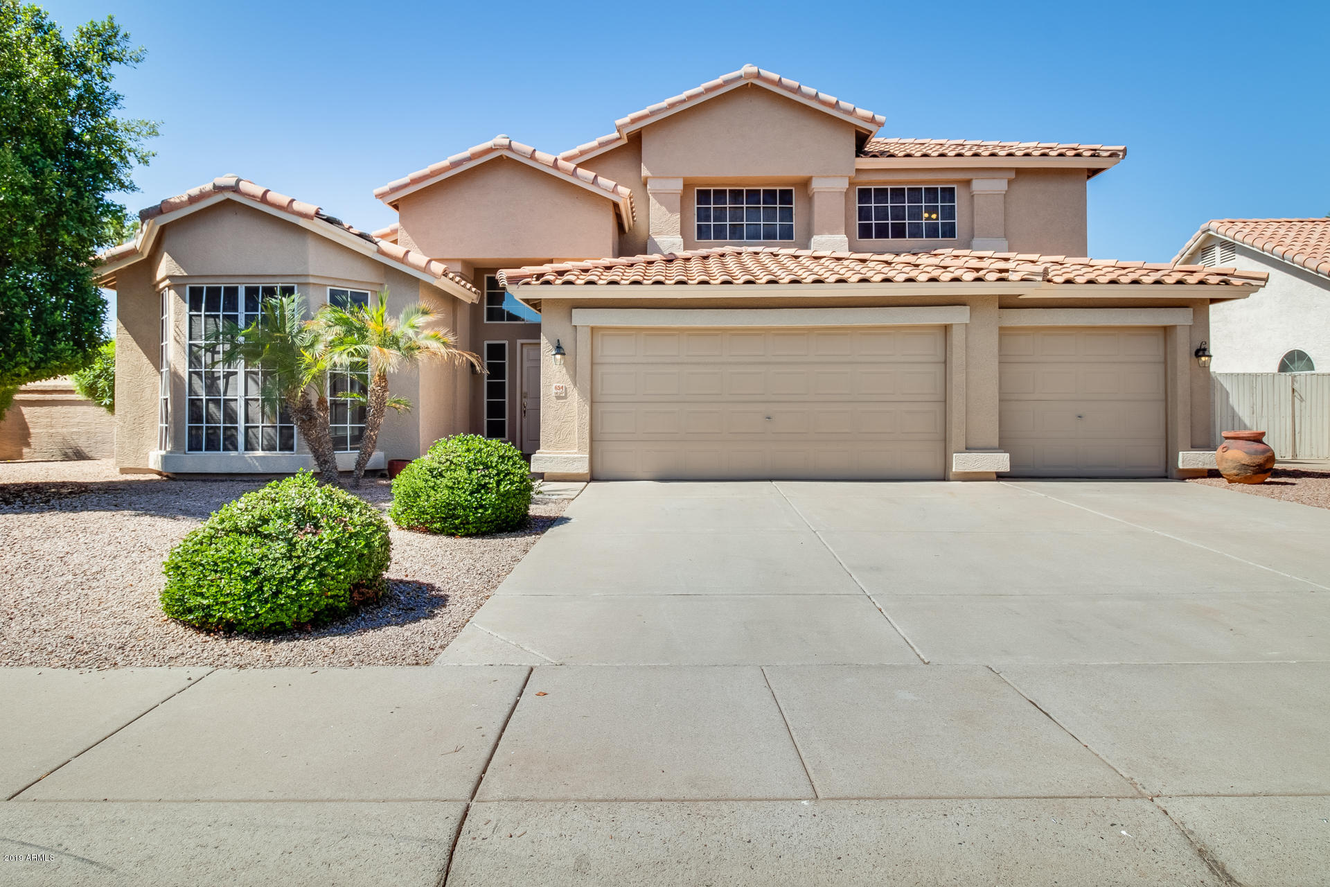 Photo of 654 N YUCCA Street, Chandler, AZ 85224