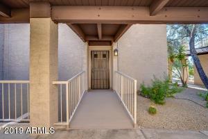 7402 E CAREFREE Drive, 206, Carefree, AZ 85377