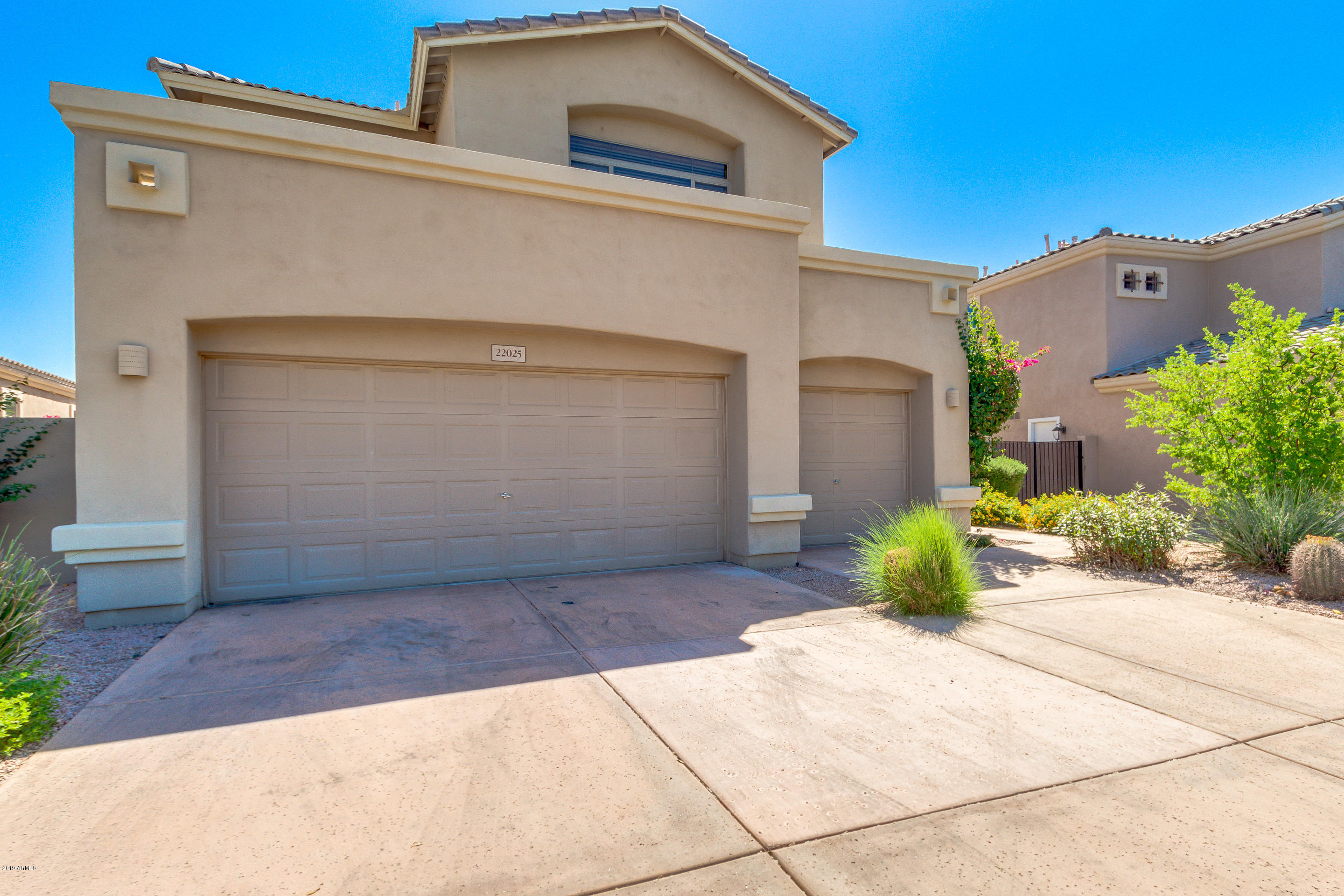 Photo of 22025 N 51ST Street, Phoenix, AZ 85054