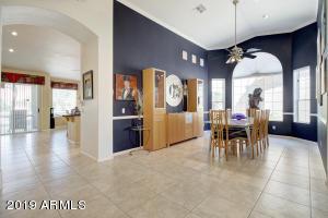16142 W MULBERRY Drive, Goodyear, AZ 85395