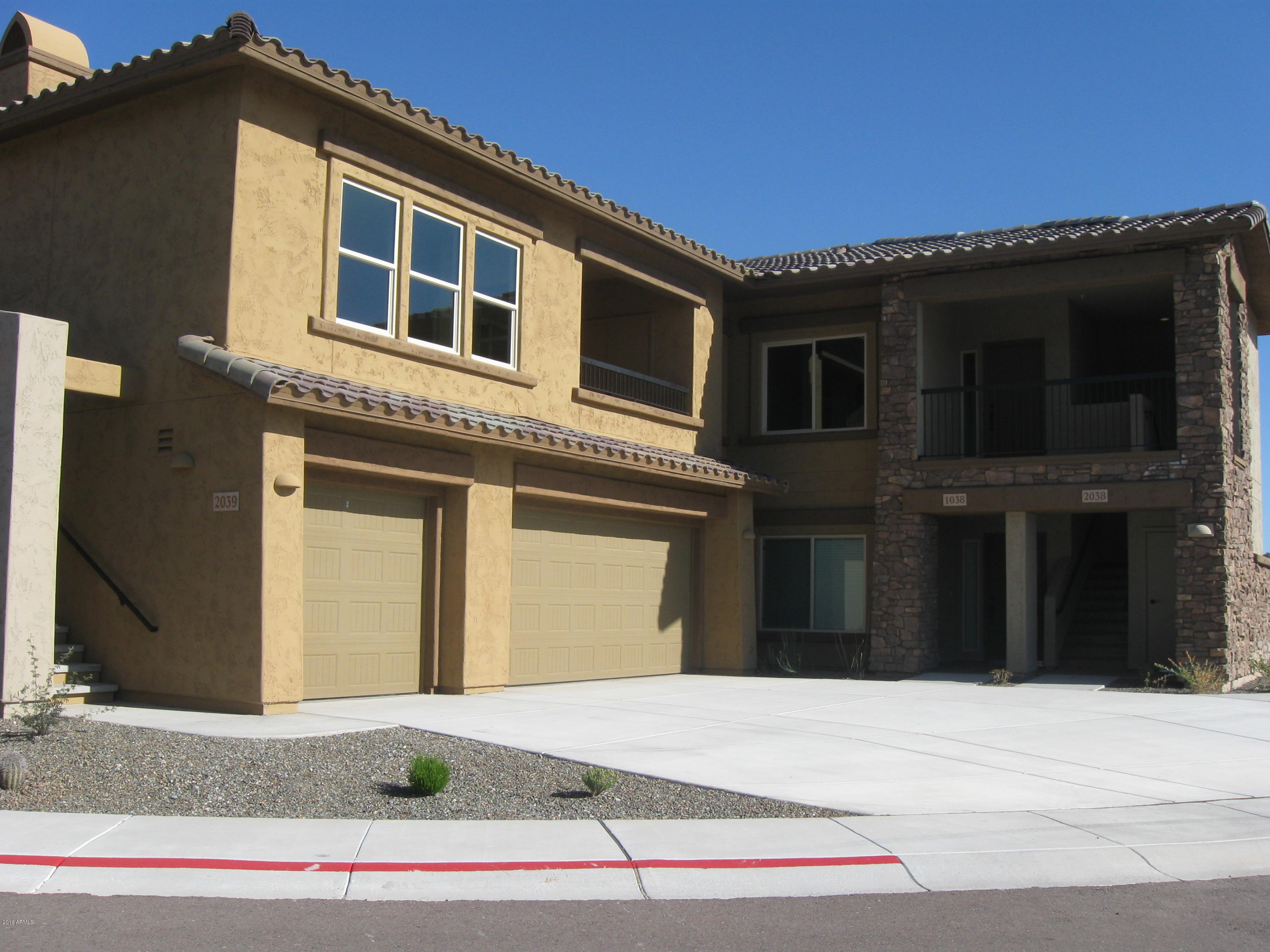 Photo of 2425 W BRONCO BUTTE Trail #2050, Phoenix, AZ 85085