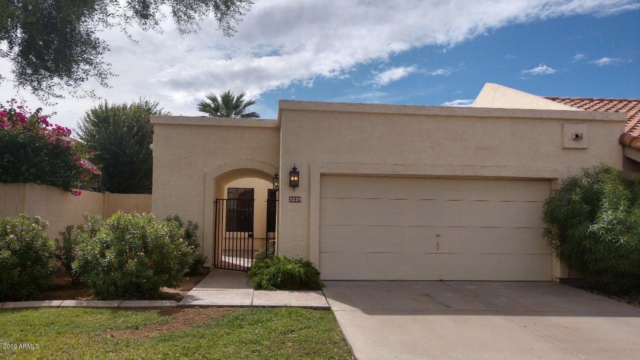 Photo of 2329 W CHEYENNE Drive, Chandler, AZ 85224