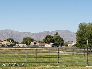 4 irrigated acres, great mountain views!