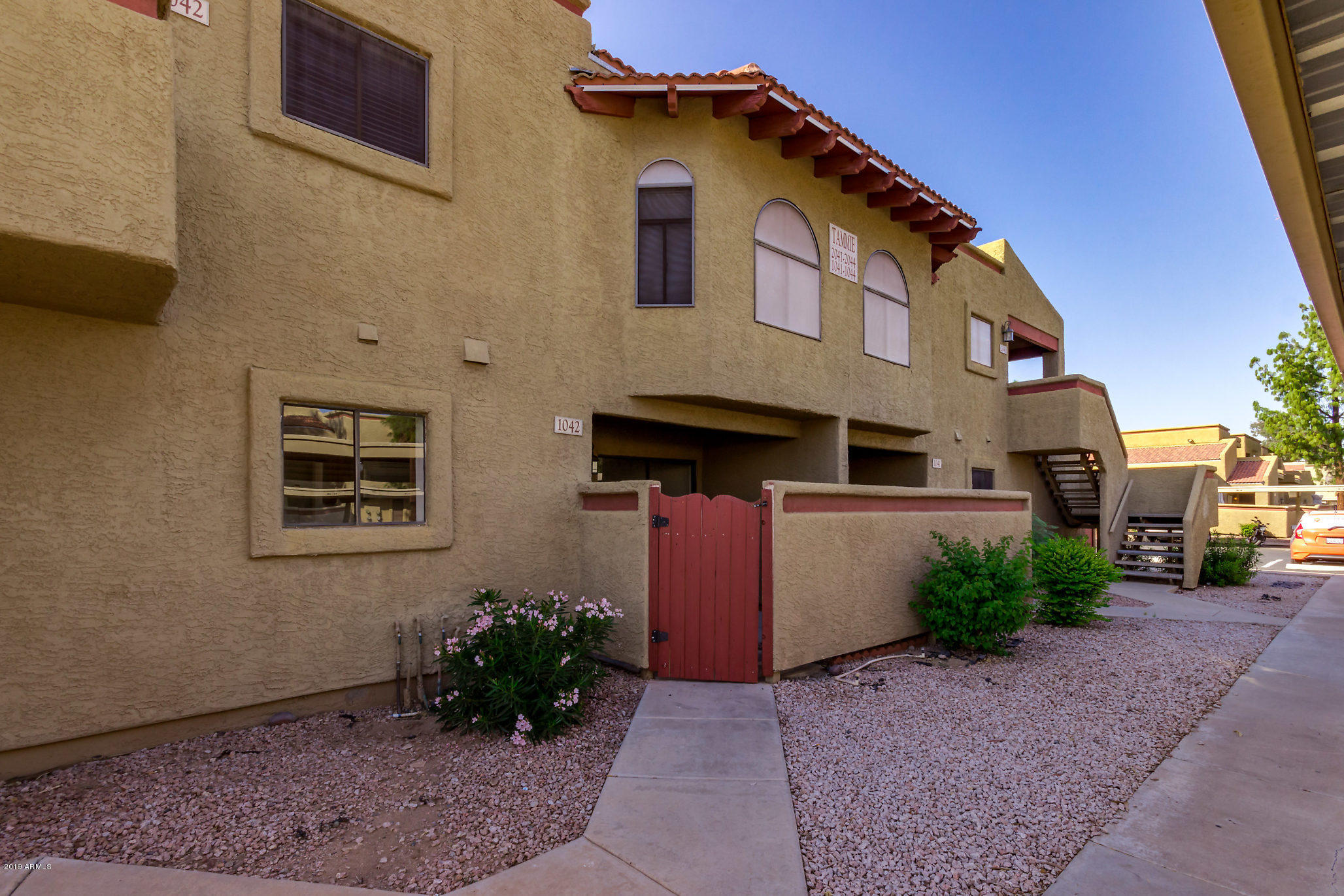 Photo of 850 S RIVER Drive #1042, Tempe, AZ 85281