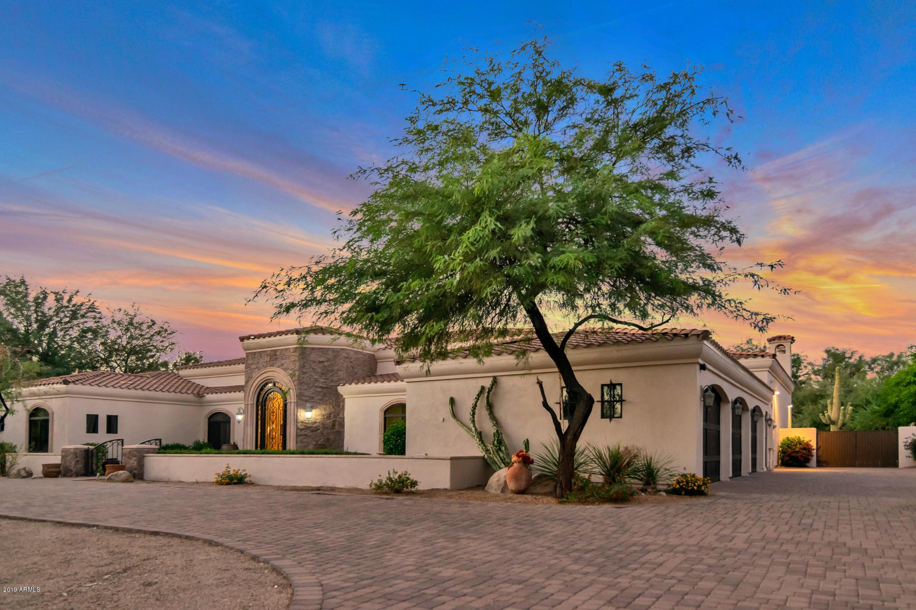 Photo of 12840 E GOLD DUST Avenue, Scottsdale, AZ 85259