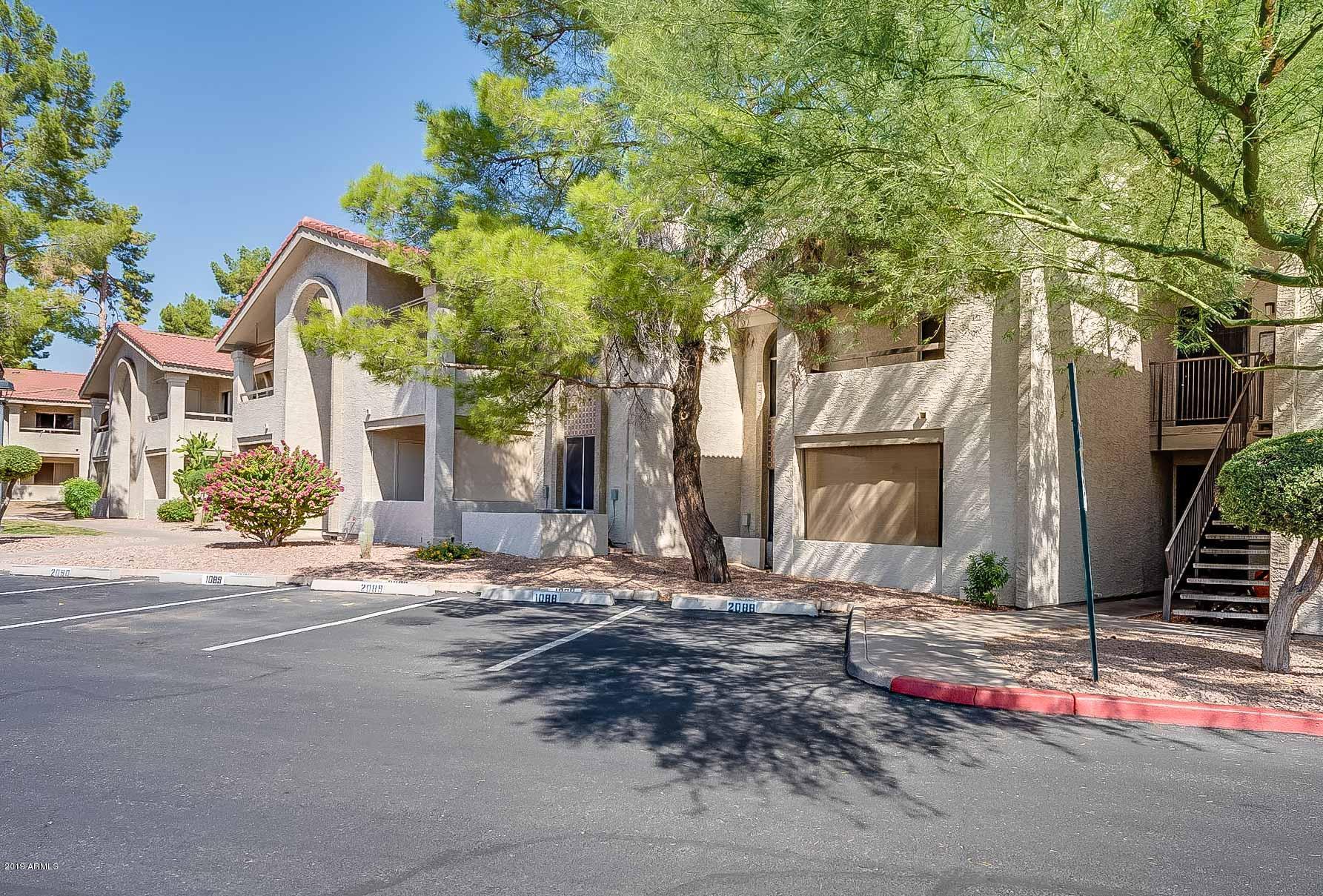 Photo of 10610 S 48TH Street #2092, Phoenix, AZ 85044
