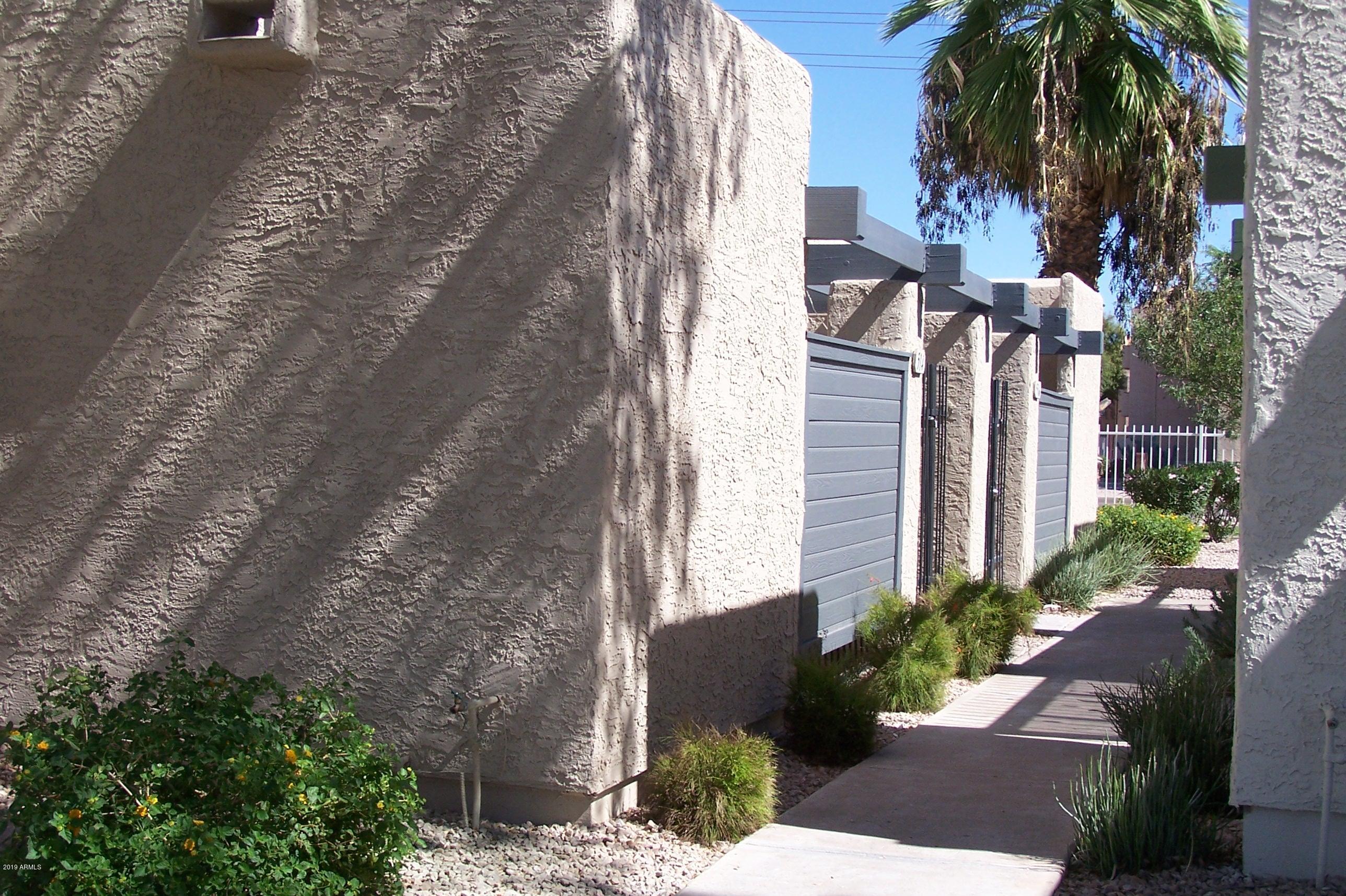 Photo of 514 S EVERGREEN Road, Tempe, AZ 85281