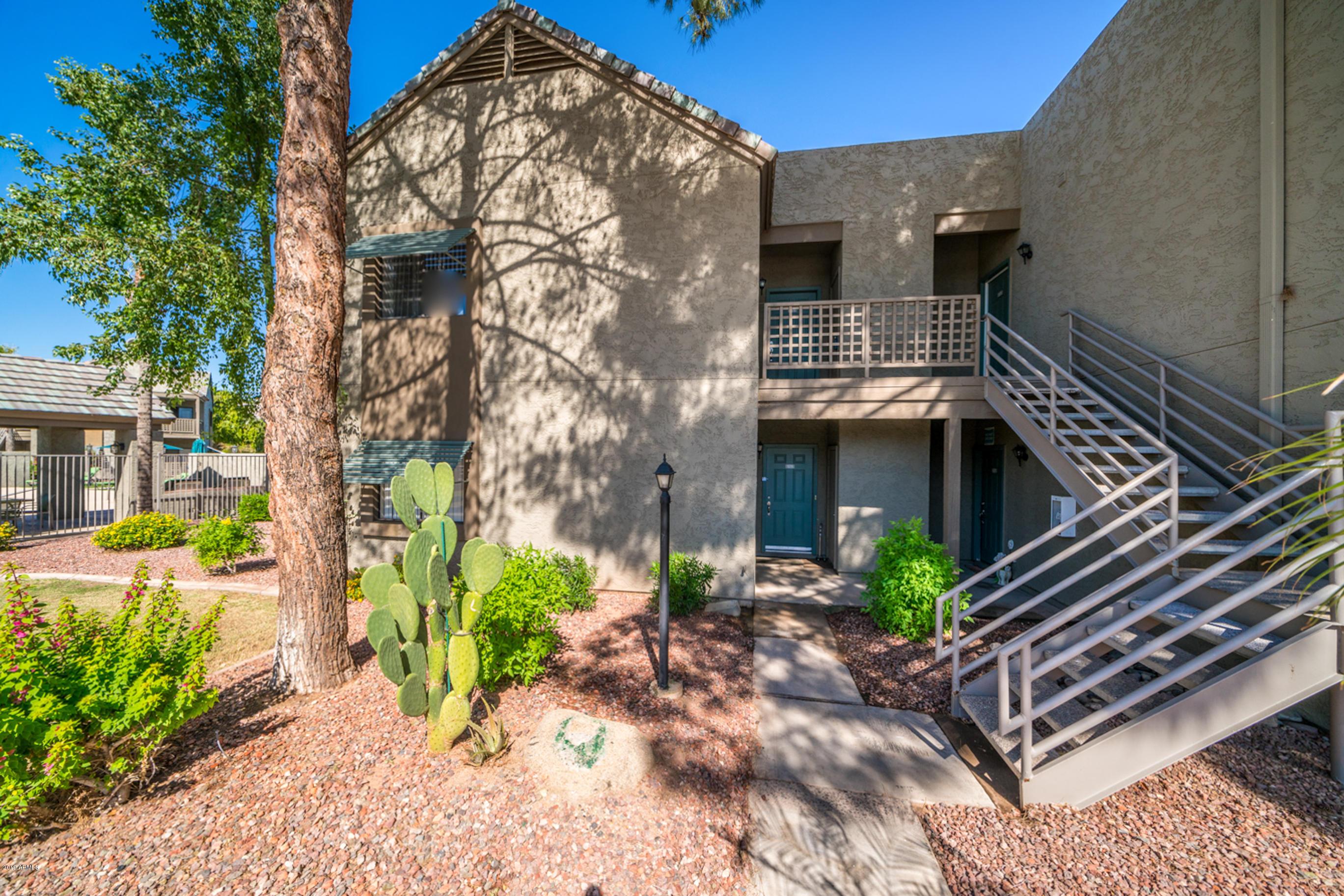 Photo of 855 N DOBSON Road #2076, Chandler, AZ 85224