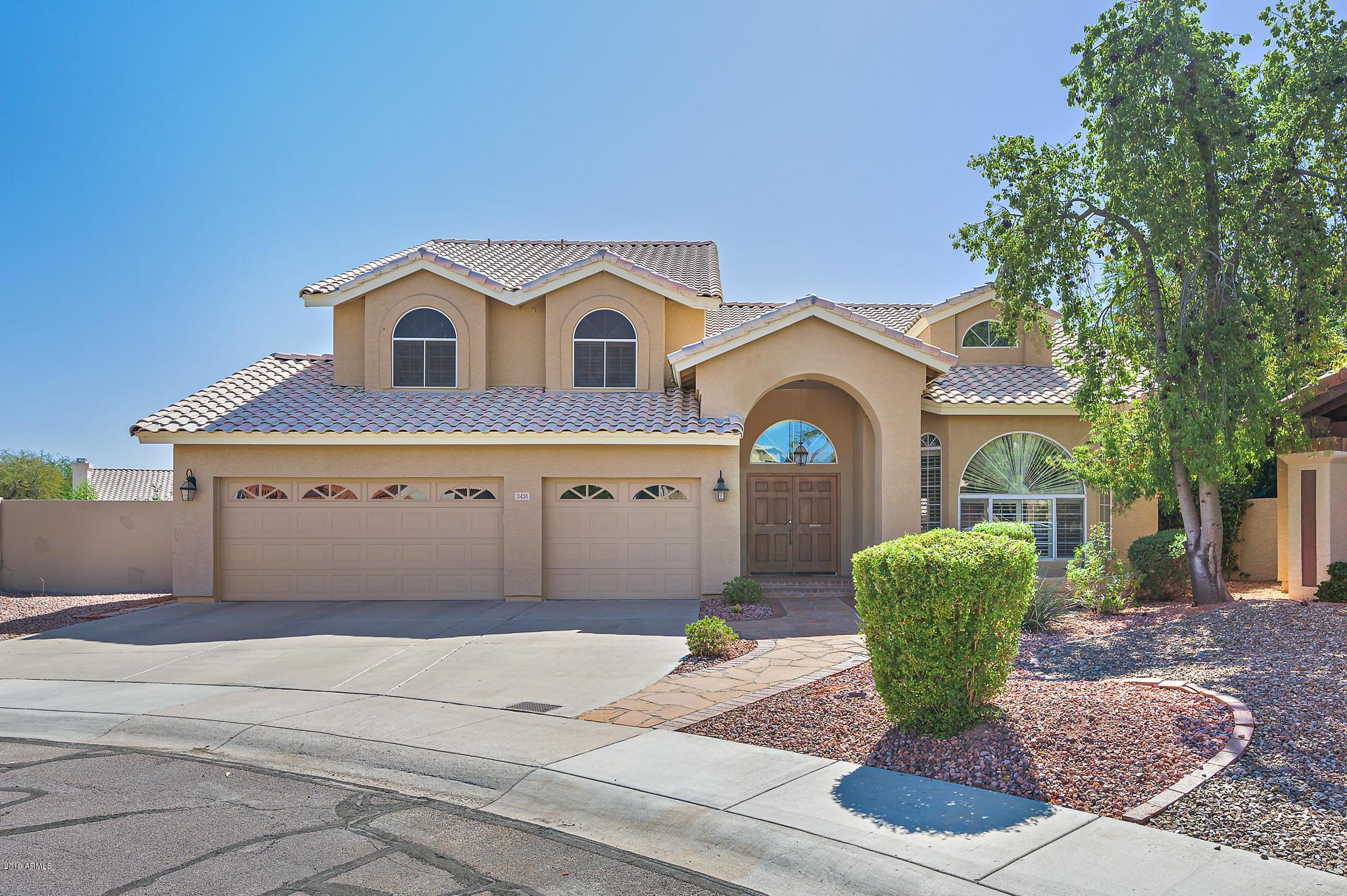 Photo of 3431 E DESERT WILLOW Road, Phoenix, AZ 85044