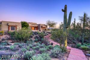 Photo of 6721 E LANGUID Lane, Carefree, AZ 85377