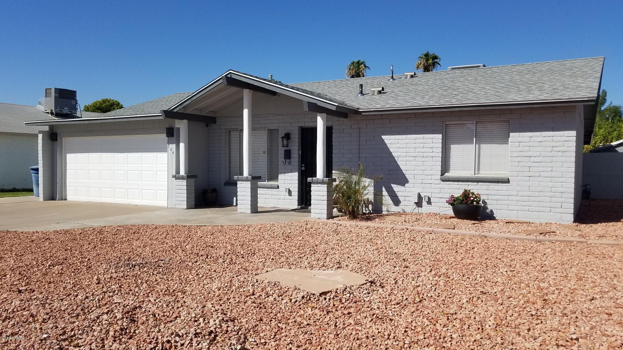 Photo of 704 E FORDHAM Drive, Tempe, AZ 85283