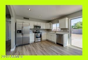 7133 W VERMONT Avenue, Glendale, AZ 85303