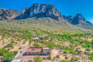 2488 N LA BARGE Road, Apache Junction, AZ 85119