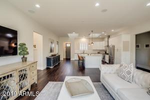 4612 E GLENROSA Avenue, Phoenix, AZ 85018