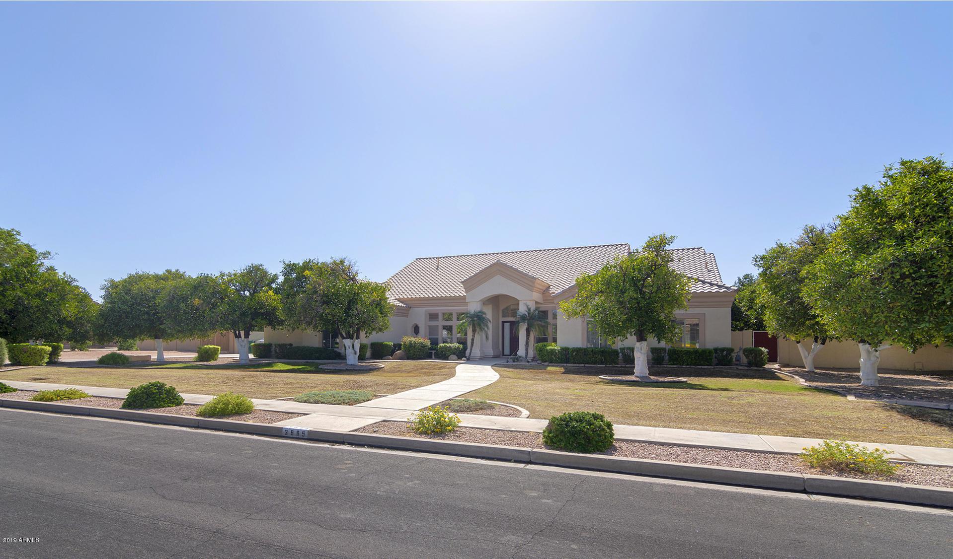 Photo of 3965 E LELAND Street, Mesa, AZ 85215