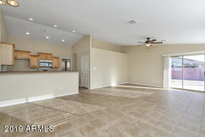 1209 W LINCOLN Avenue, Coolidge, AZ 85128