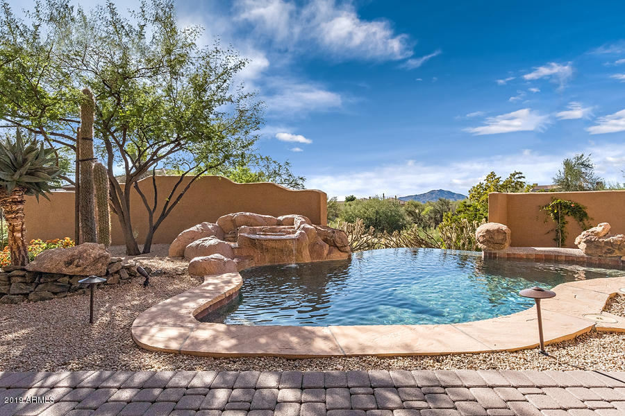 Photo of 9775 E CAVALRY Drive, Scottsdale, AZ 85262