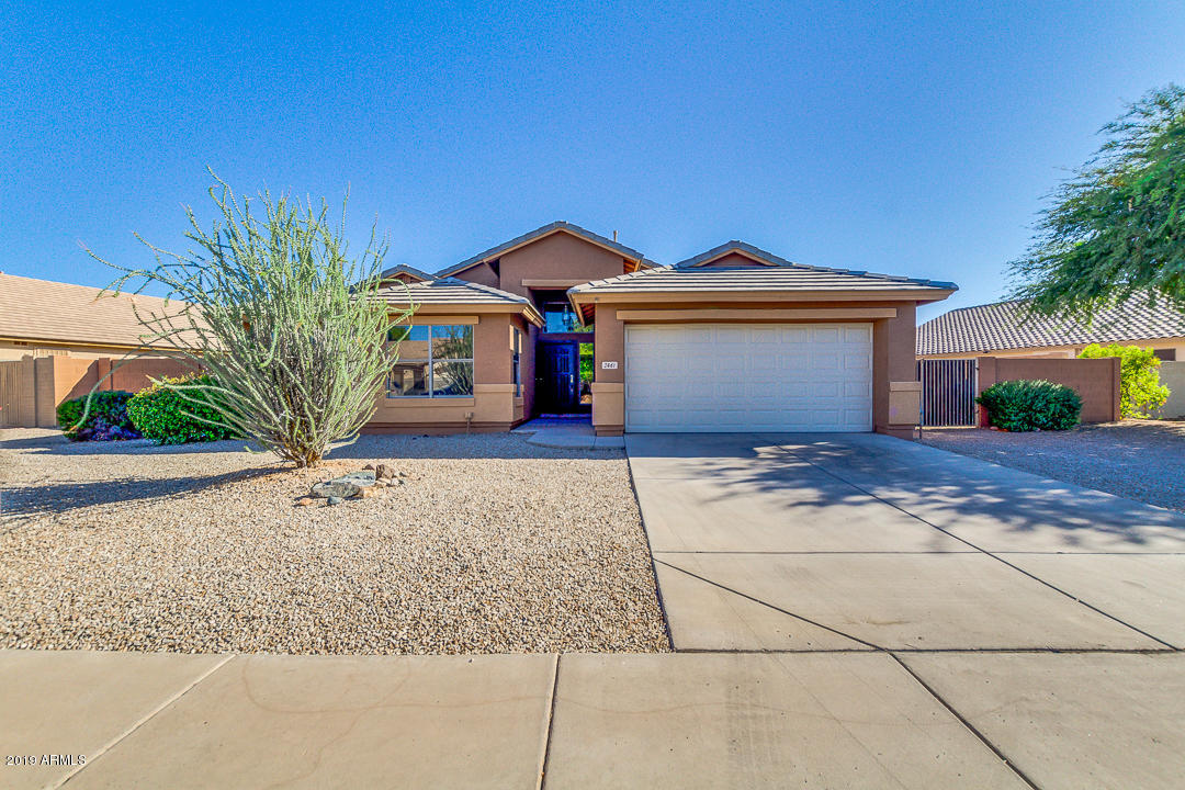 Photo of 2461 E FAIRVIEW Street, Chandler, AZ 85225