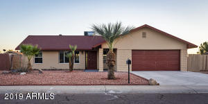 5825 W MONTE CRISTO Avenue, Glendale, AZ 85306