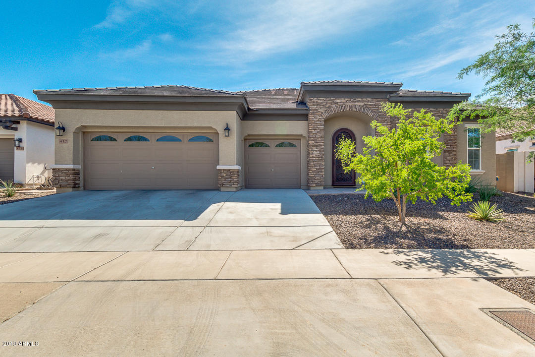 Photo of 417 E SUMMERSIDE Road, Phoenix, AZ 85042