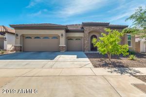 417 E SUMMERSIDE Road, Phoenix, AZ 85042