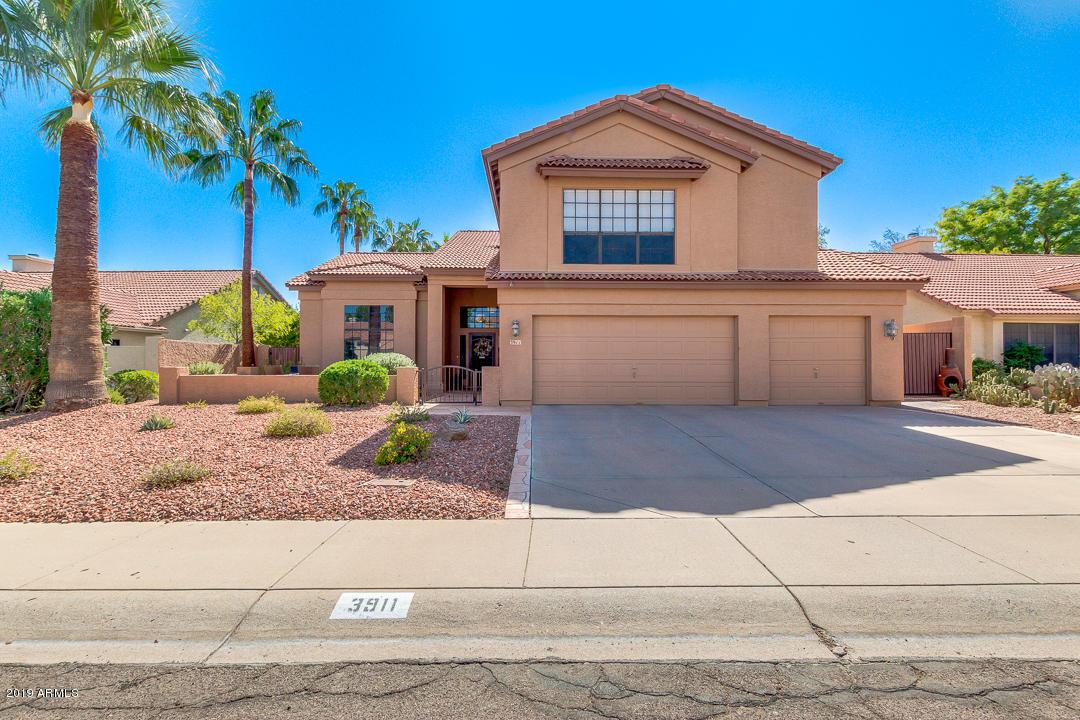 Photo of 3911 E LAVENDER Lane, Phoenix, AZ 85044