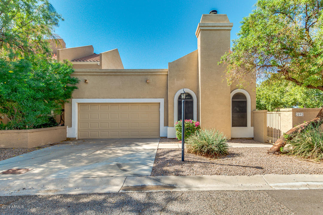 Photo of 2092 N SUNSET Drive, Chandler, AZ 85225
