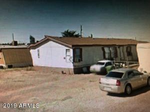 1010 W DESMOND Street, Winslow, AZ 86047