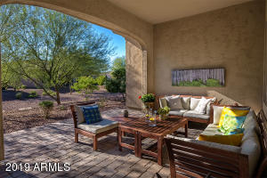 Lush Common Area Landscaping