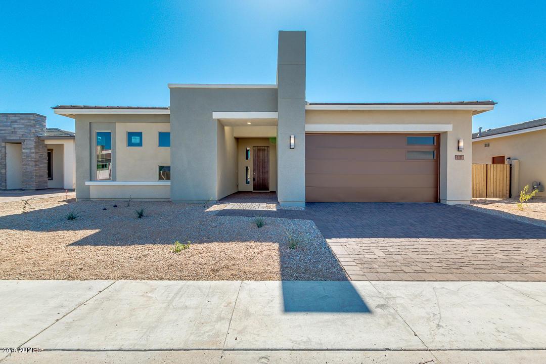 Photo of 1111 E CHERRYWOOD Place, Chandler, AZ 85249