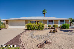 10948 W CRESTBROOK Drive, Sun City, AZ 85351