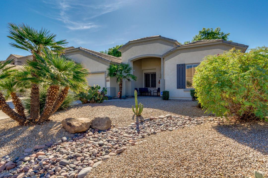Photo of 2965 E Parkview Drive, Gilbert, AZ 85295