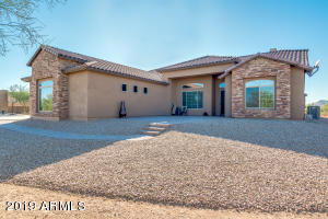 35204 N 12TH Street, Phoenix, AZ 85086