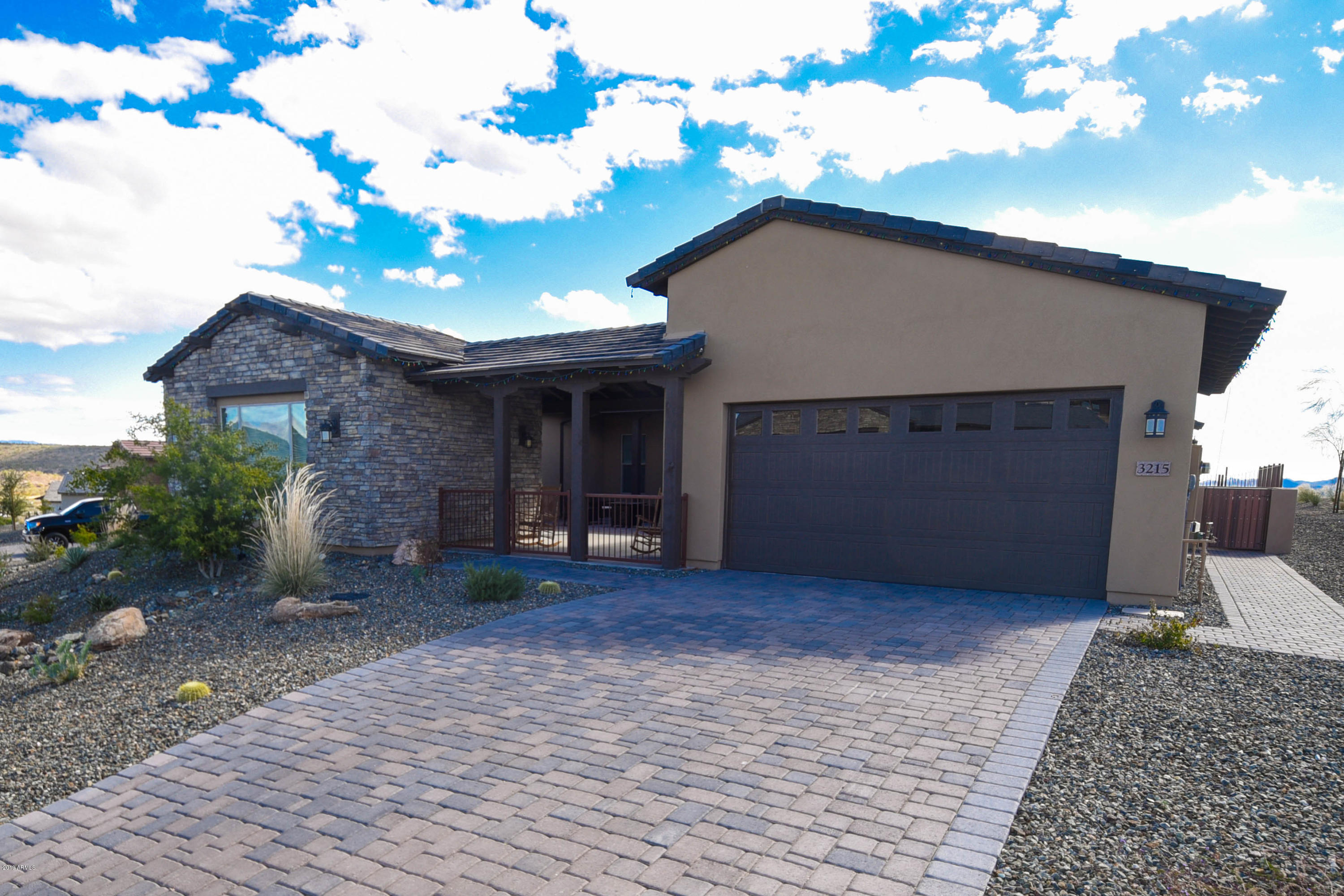 Photo of 3215 KNIGHT Way, Wickenburg, AZ 85390