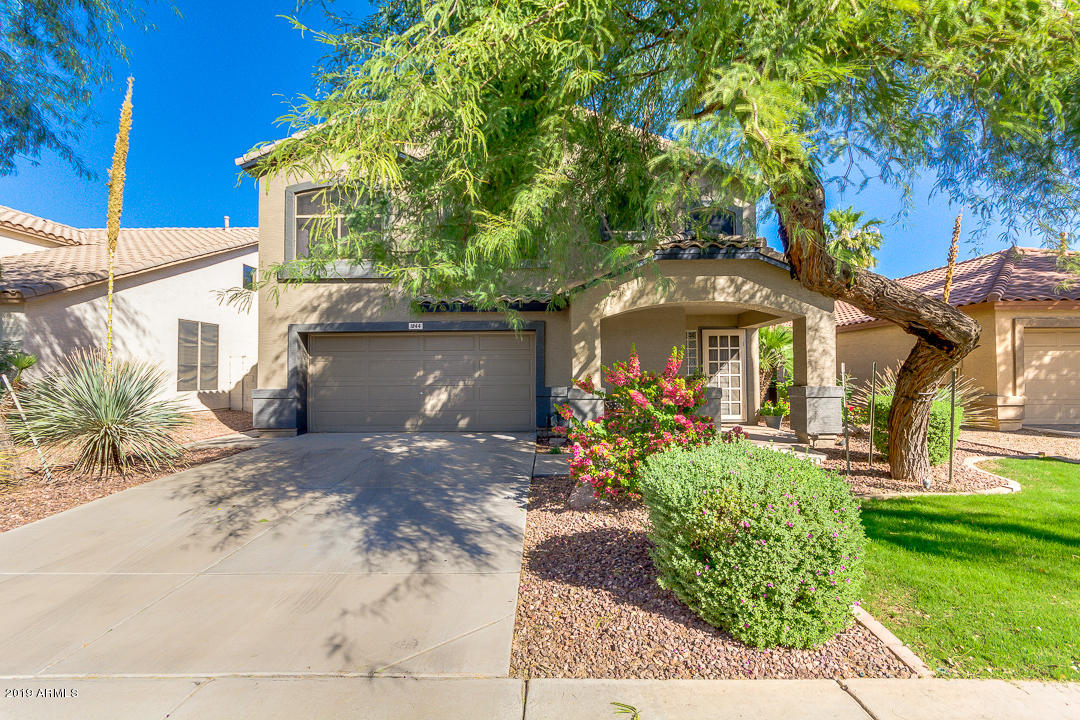 Photo of 1844 E CARLA VISTA Drive, Gilbert, AZ 85295