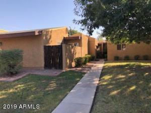 823 S HACIENDA Drive, Tempe, AZ 85281
