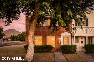 4451 N 40TH Street, Phoenix, AZ 85018
