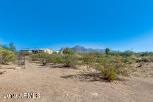 1615 E SCENIC Street, Apache Junction, AZ 85119