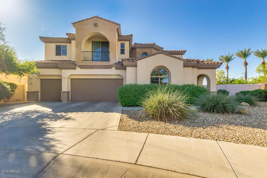 Photo of 975 W ORCHARD Lane, Litchfield Park, AZ 85340