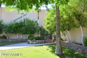 334 W MEDLOCK Drive, B202, Phoenix, AZ 85013