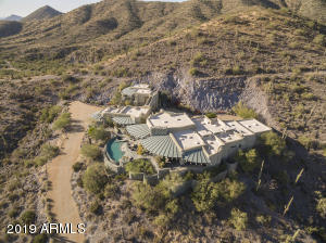 Custom home situated on 12 acres in Carefree Ranch Homesteads