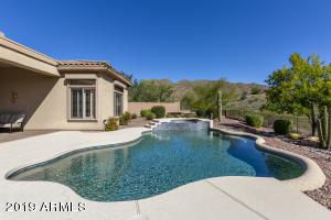 Beautifully-designed Backyard Retreat